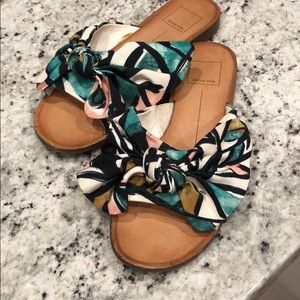 Dolce Vita Parin Oversized Bow Sandals